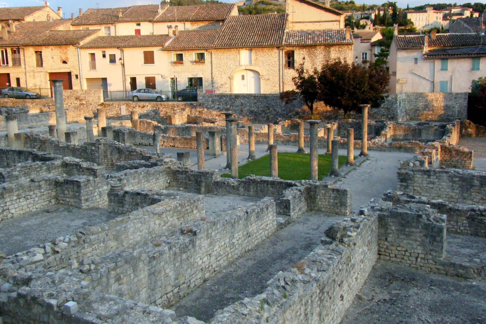 Bezoek de oude sites van Vaison-la-Romaine