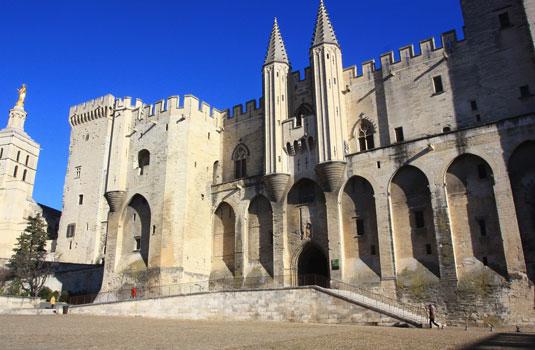 Pausenpaleis Avignon @ Hocquel